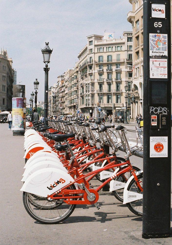 カタルーニャ広場の自転車